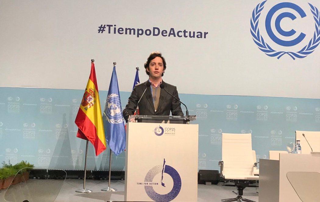 El 'Pequeño Nicolás' entra en la zona de negociaciones de la Cumbre del Clima de la ONU