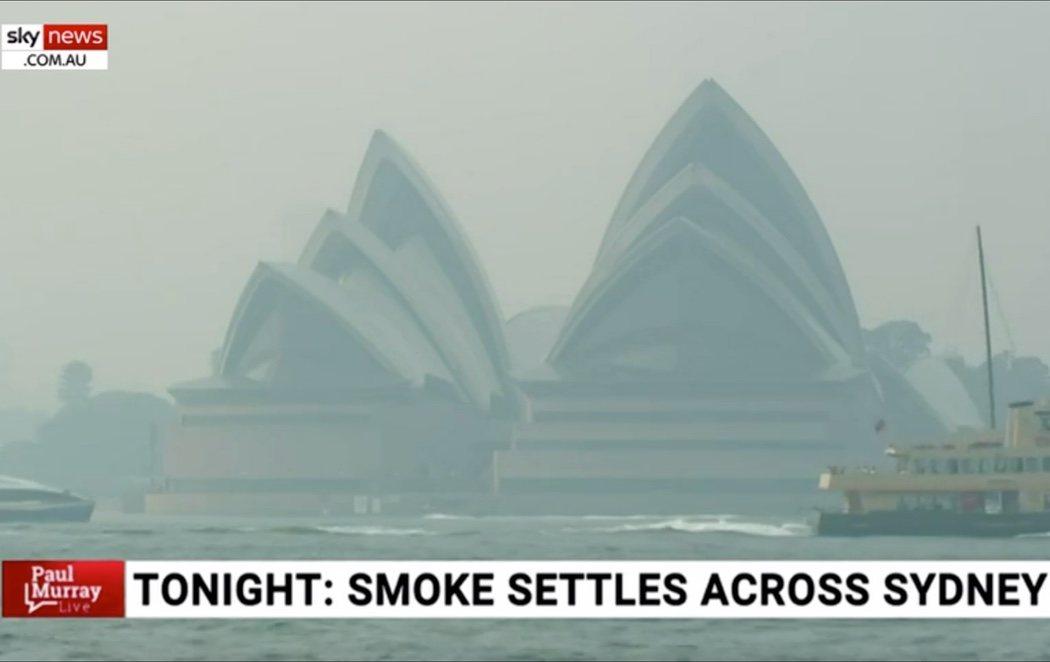 Los incendios avanzan en Australia y dejan una nube de humo tóxico instalada en Sídney