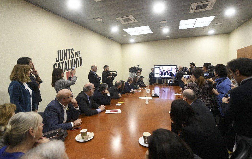 """Puigdemont celebra la sentencia de Junqueras: """"La próxima reunión que hagamos será en Cataluña"""""""