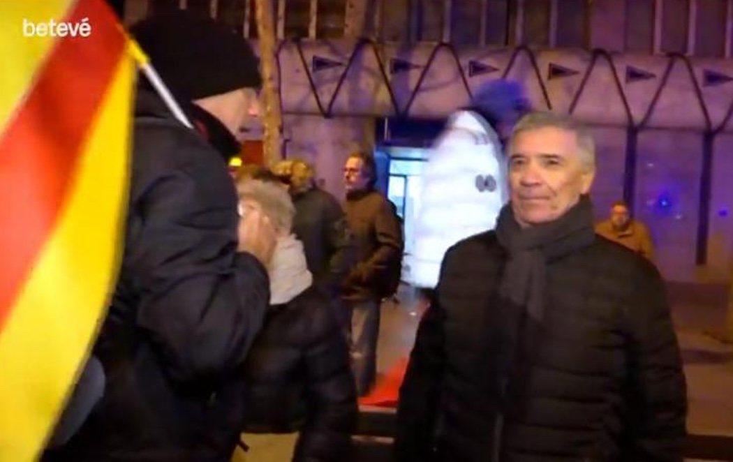 """Un candidato del PP de Barcelona amenaza a un periodista: """"Si veo una imagen mía lo vas a pasar muy mal"""""""