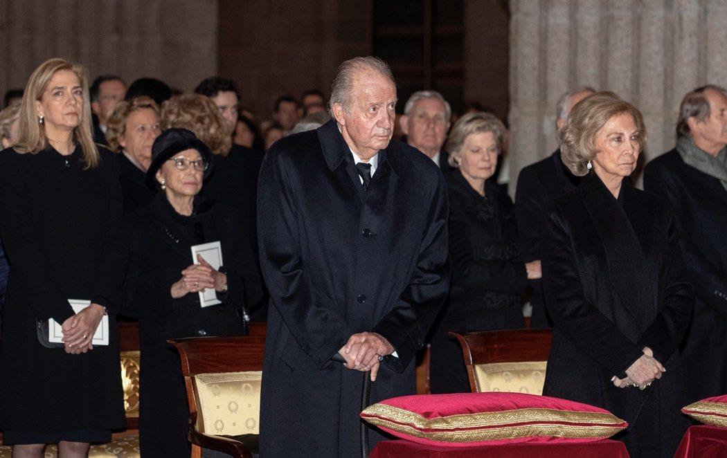 Las infantas y los reyes se reúnen por el funeral de Pilar de Borbón