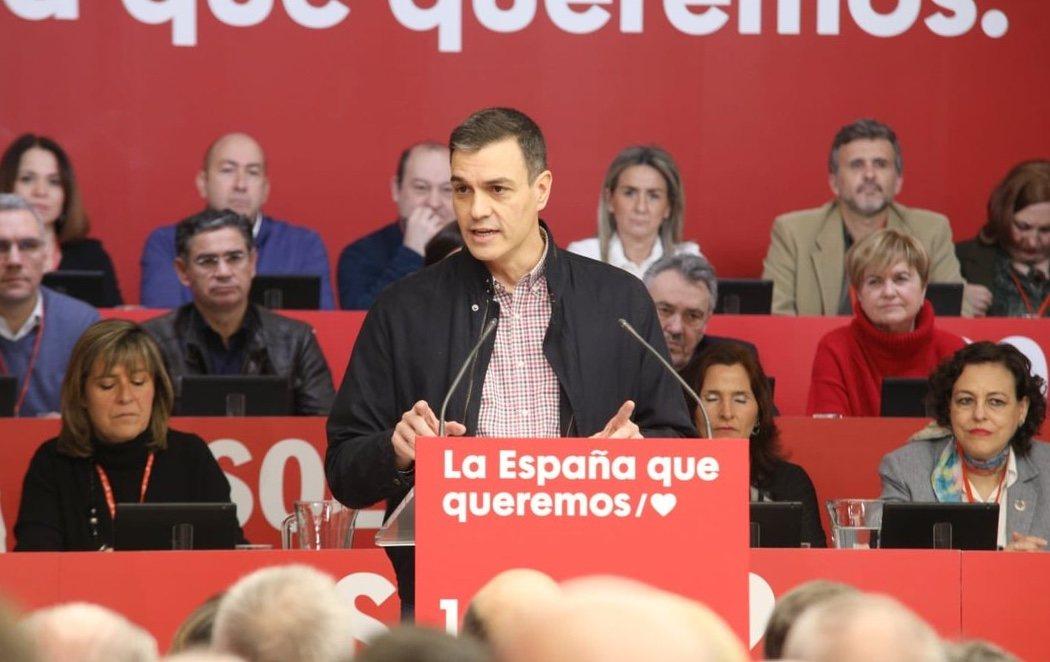 """Comité federal del PSOE: Pedro Sánchez promete que el diálogo en Cataluña """"no se hará en perjuicio"""" de otros territorios"""