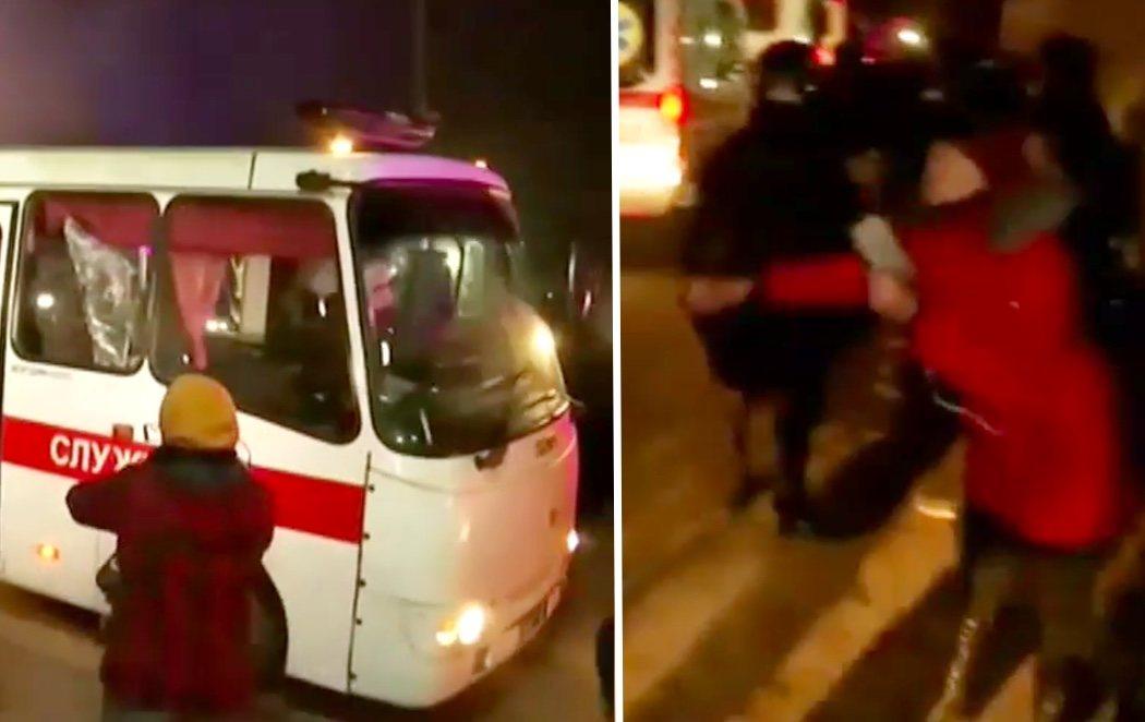 Atacan a pedradas varios autobuses en Ucrania con evacuados de Wuhan por el coronavirus
