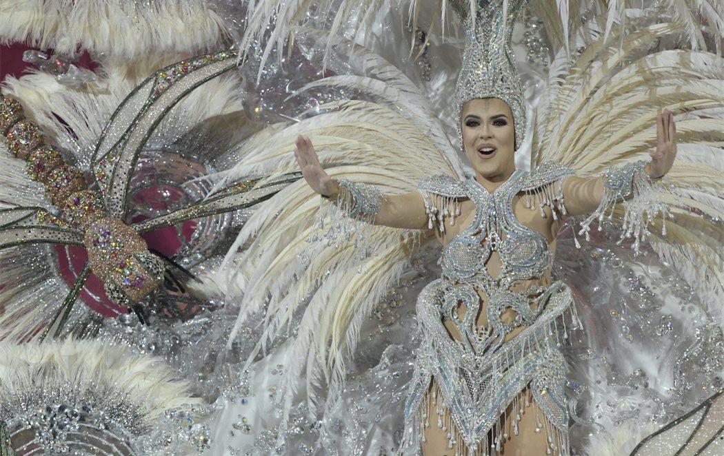 Minerva Hernández, nueva reina del Carnaval de las Palmas de Gran Canaria