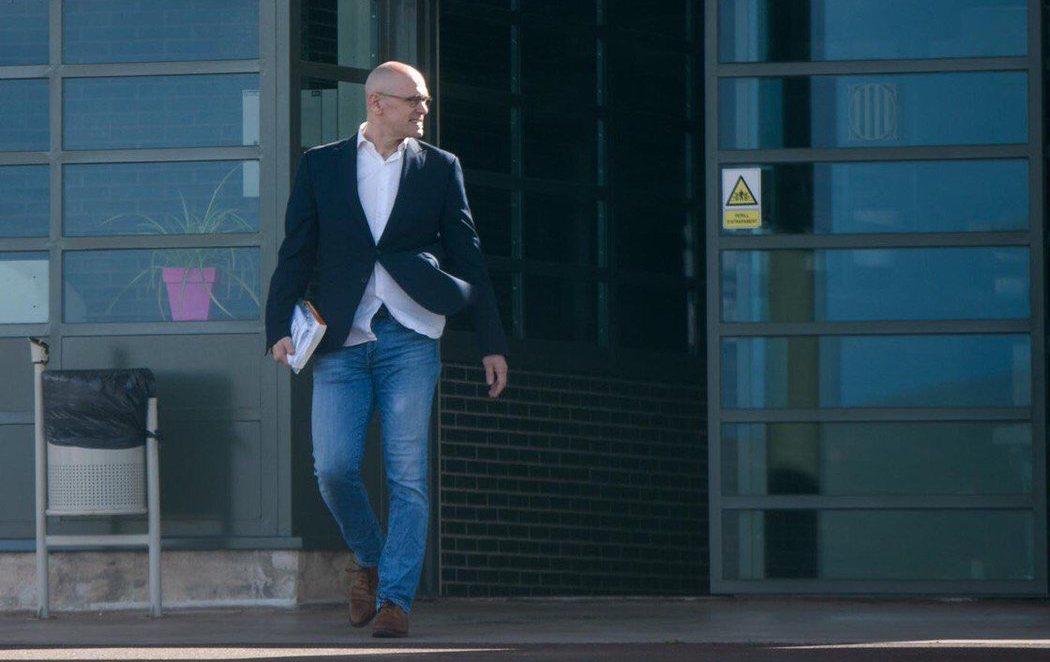 Raül Romeva sale por primera vez de la cárcel de Lledoners para trabajar