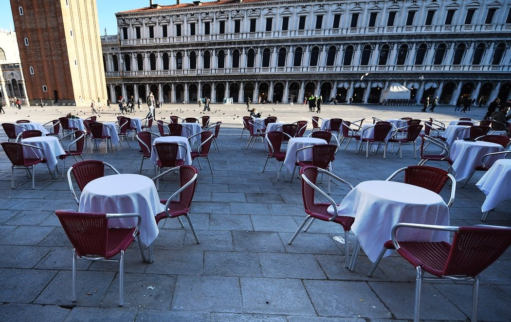 Venecia, completamente vaciada de turistas por el coronavirus