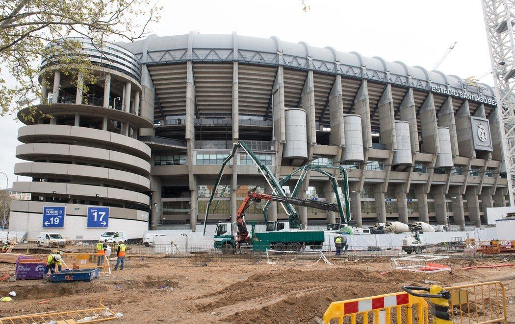 Florentino Pérez no suspende las obras del nuevo Bernabéu en plena crisis del coronavirus