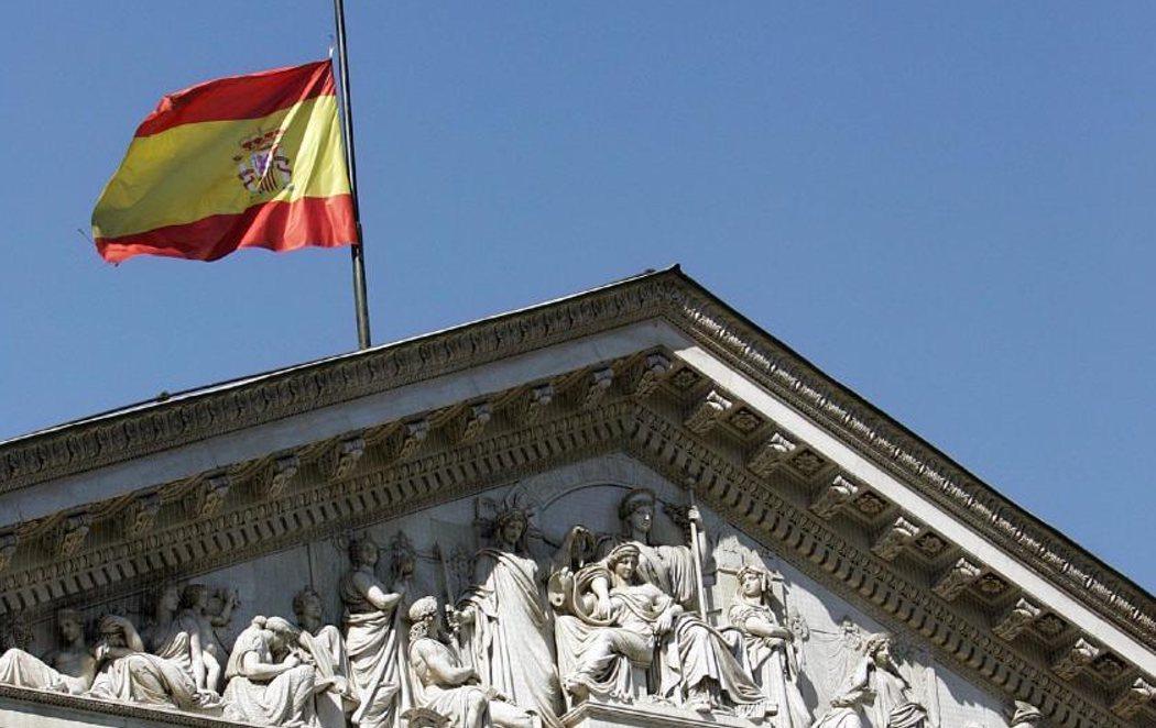 España comienza el luto oficial más largo de la democracia
