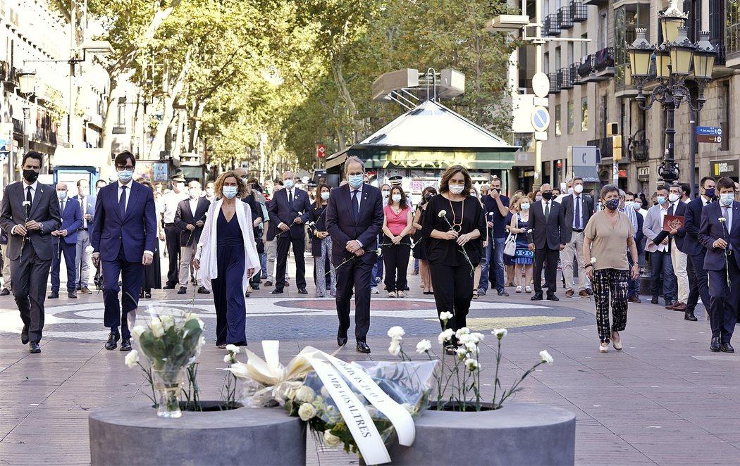 Homenaje marcado por el coronavirus a las víctimas de los atentados de Las Ramblas y Cambrils
