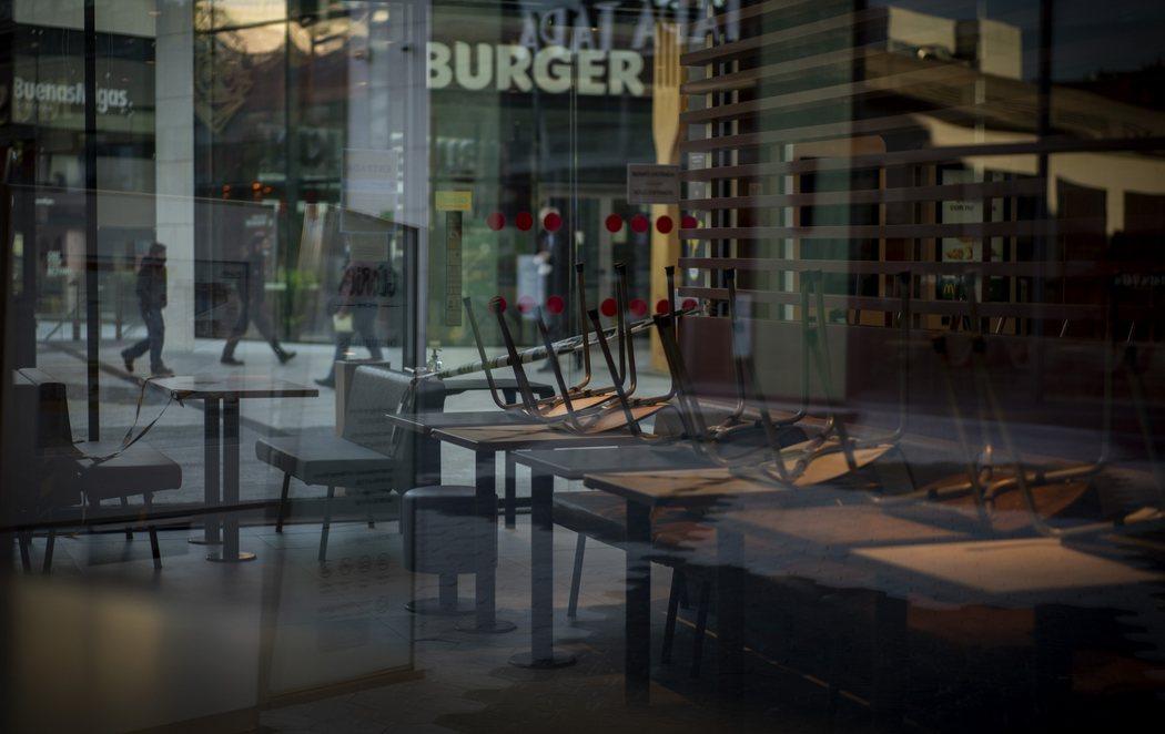Cataluña amanece con bares y restaurantes cerrados