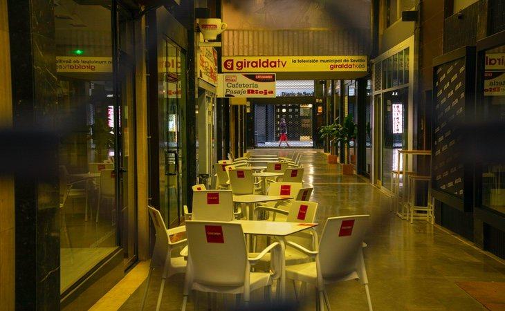 Las calles de España se vacían en la primera noche con toque de queda a nivel nacional