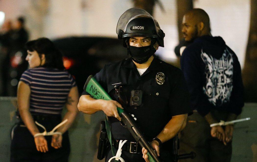 Las protestas se extienden por varias ciudades de Estados Unidos en plena incertidumbre electoral