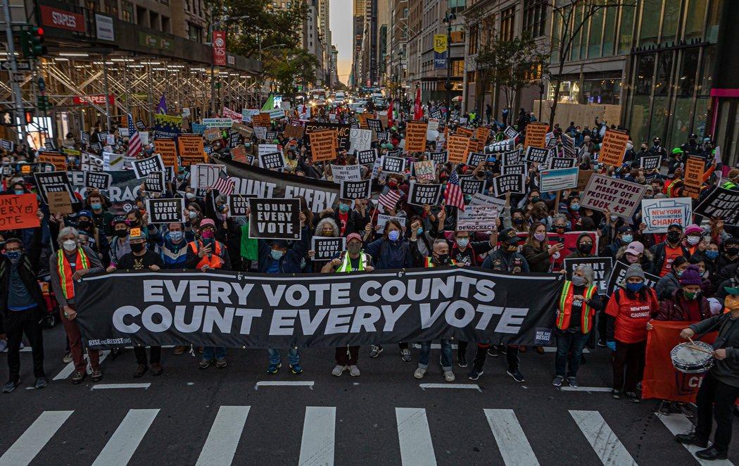 Decenas de detenidos en Nueva York durante las protestas contra el presidente Donald Trump