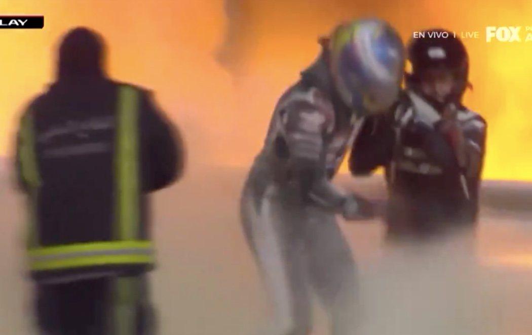 Grosjean sale ileso tras un espectacular accidente en el Gran Premio de Bahréin de Fórmula 1