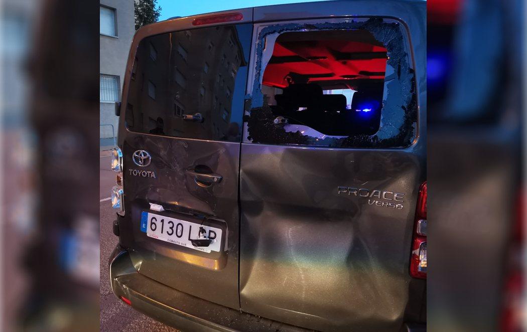 Incidentes y lanzamientos de piedras en la visita de VOX a Vic