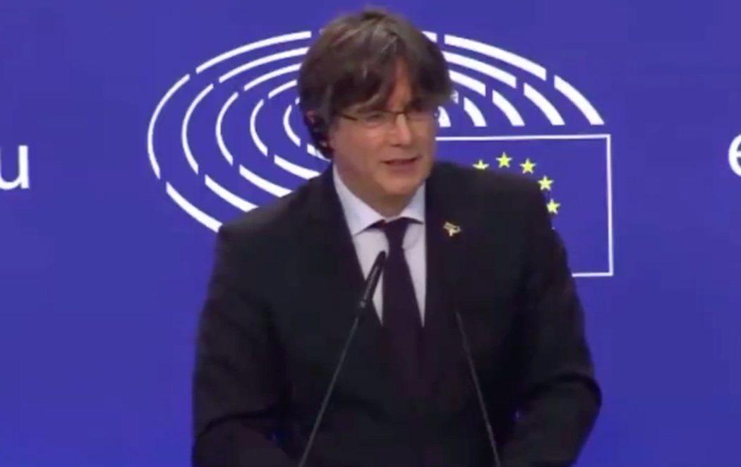 """Puigdemont critica las instituciones europeas desde el Europarlamento: """"Perdemos la inmunidad, pero la democracia europea ha perdido más"""""""