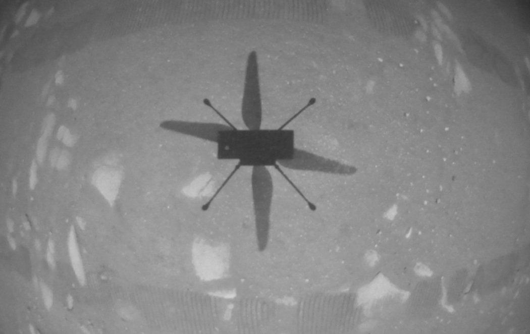 El helicóptero Ingenuity de la NASA logra su primer vuelo con éxito en Marte