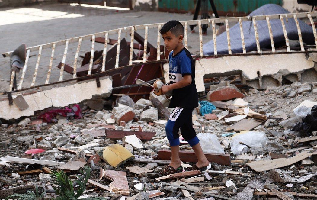 Un bombardeo de Israel mata a 24 palestinos, 9 de ellos niños, en Gaza