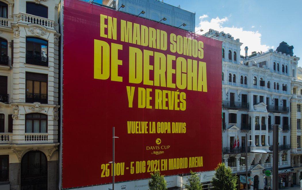 Polémica por el cartel de la Copa Davis en Gran Vía: