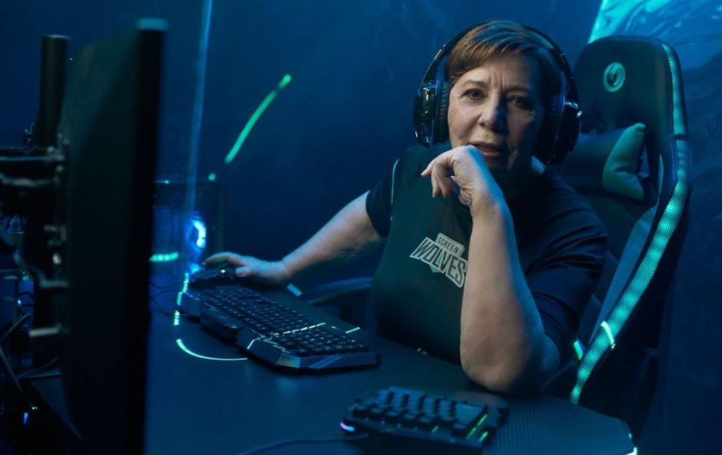 Celia Villalobos se pasa a los eSports