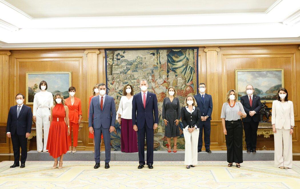 Los nuevos ministros del Gobierno prometen su cargo ante Felipe VI