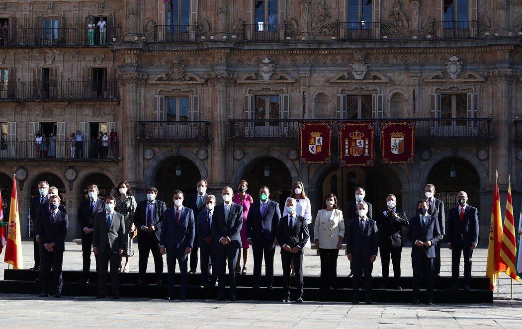 Abuchean a Pedro Sánchez en la Conferencia de Presidentes