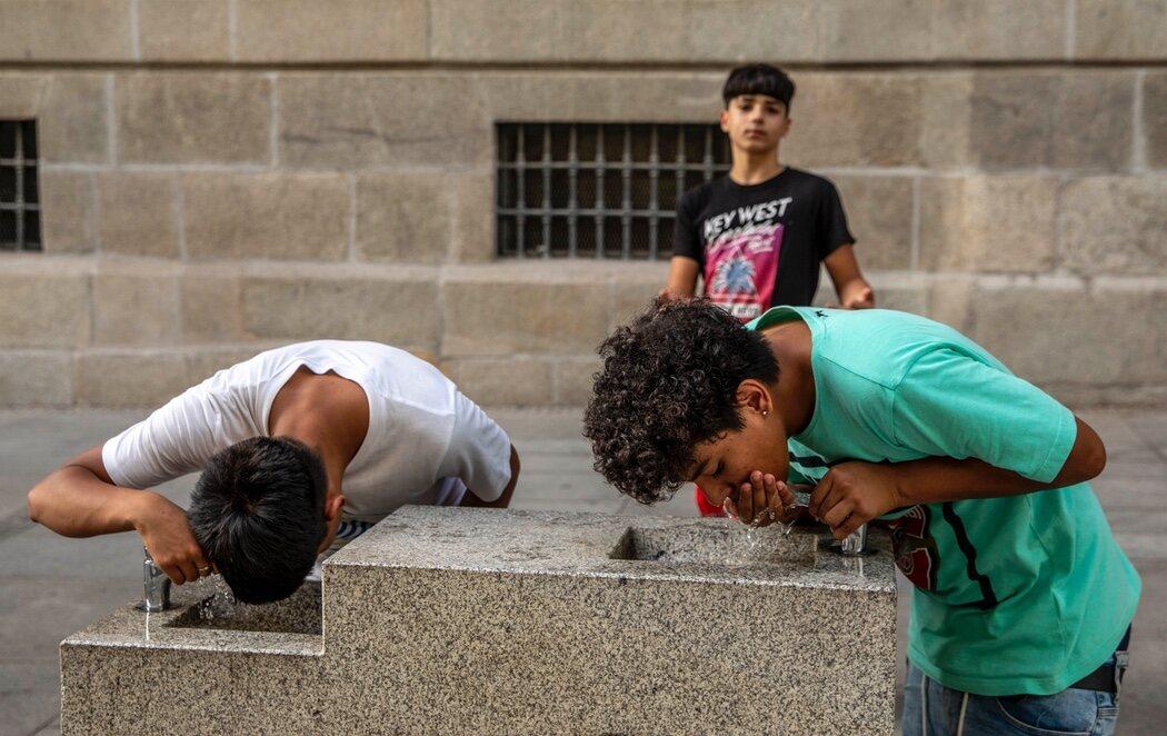 Madrid enfrenta una fuerte ola de calor con parte de sus parques completamente cerrados