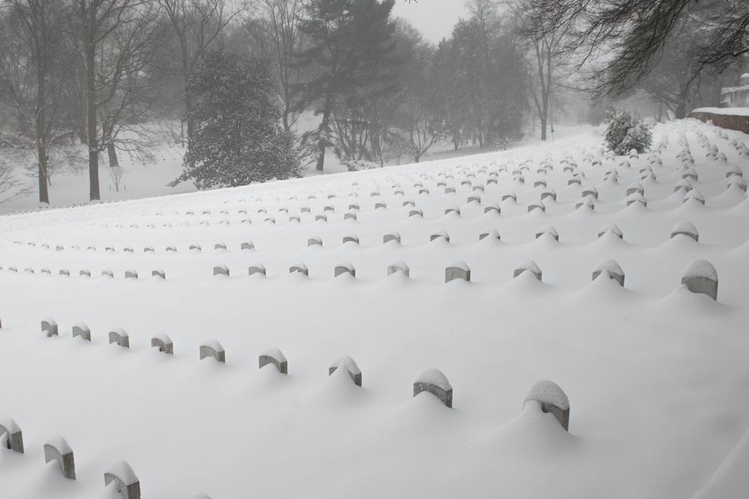 El cementerio de Arlington bajo la nieve