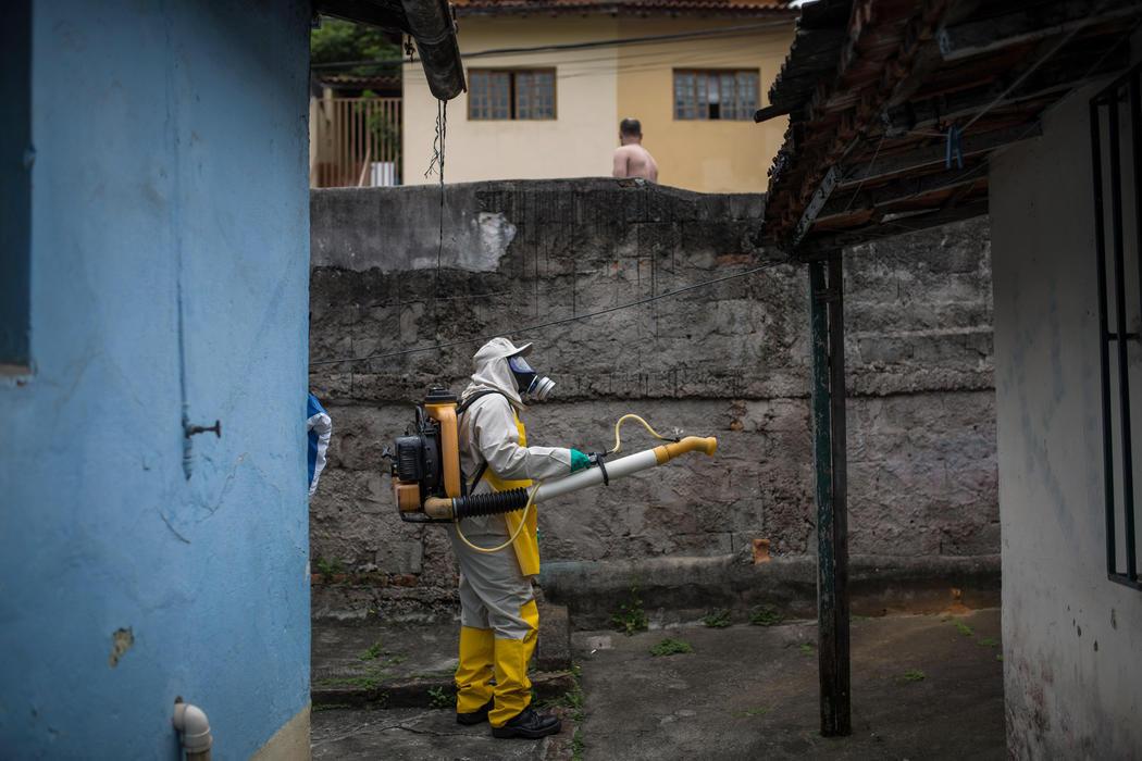 Fumigando contra el Zika