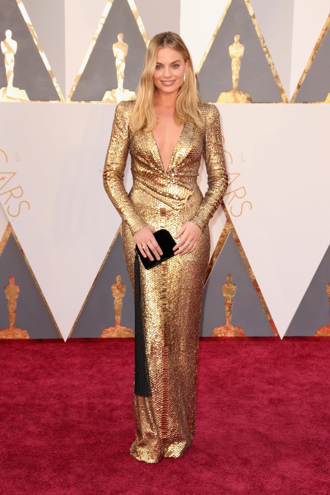Margot Robbie, dorado en la gala de los Oscar 2016