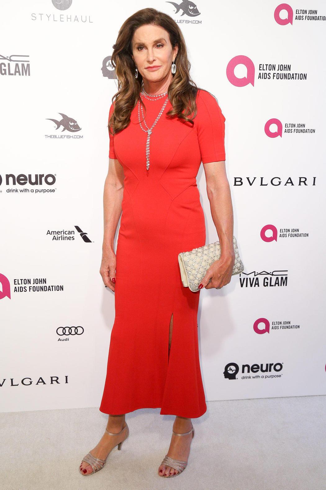 Caitlyn Jenner en la fiesta post Oscars 2016