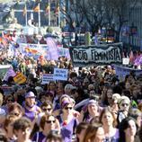 Una multitud sale a la calle por los derechos de la mujer en Madrid (España)