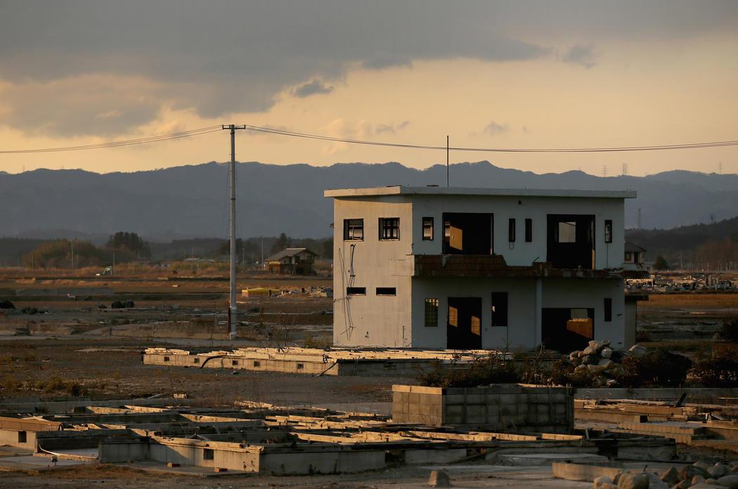 Una vivienda resiste en pie cinco años después del desastre de Fukushima