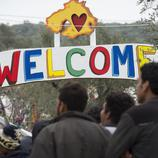 Refugiados llegan al campo de refugiados de Moria