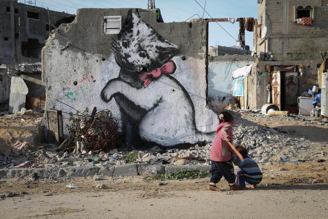 Banksy deja su mensaje en Palestina