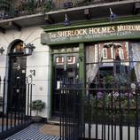 Siguiendo los pasos de Sherlock Holmes... pero el de la BBC