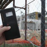 Un medidor de radiación cerca de la central nuclear de Chernobyl