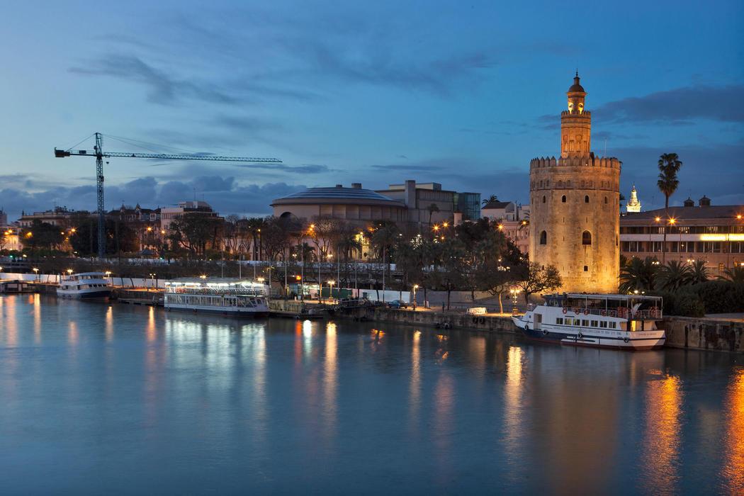 El caluroso atardecer de Sevilla