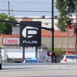 El club Pulse a la mañana siguiente al tiroteo