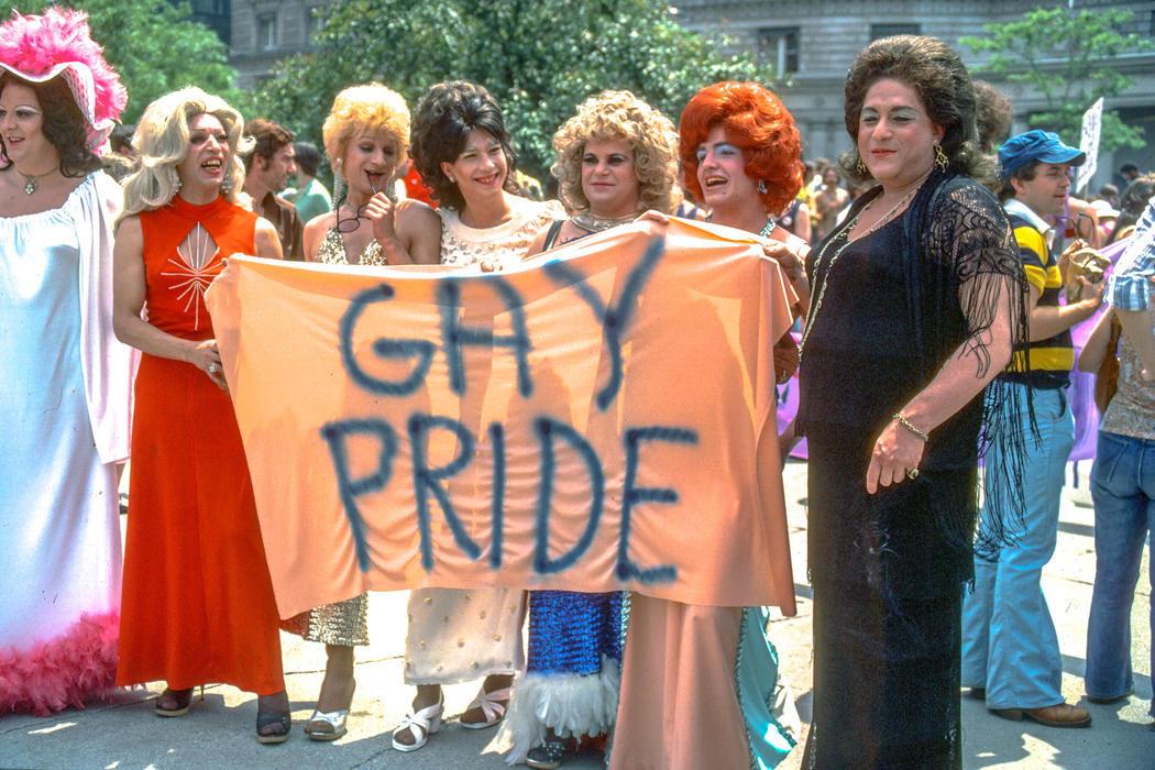Drag Queens se manifiestan en 1977