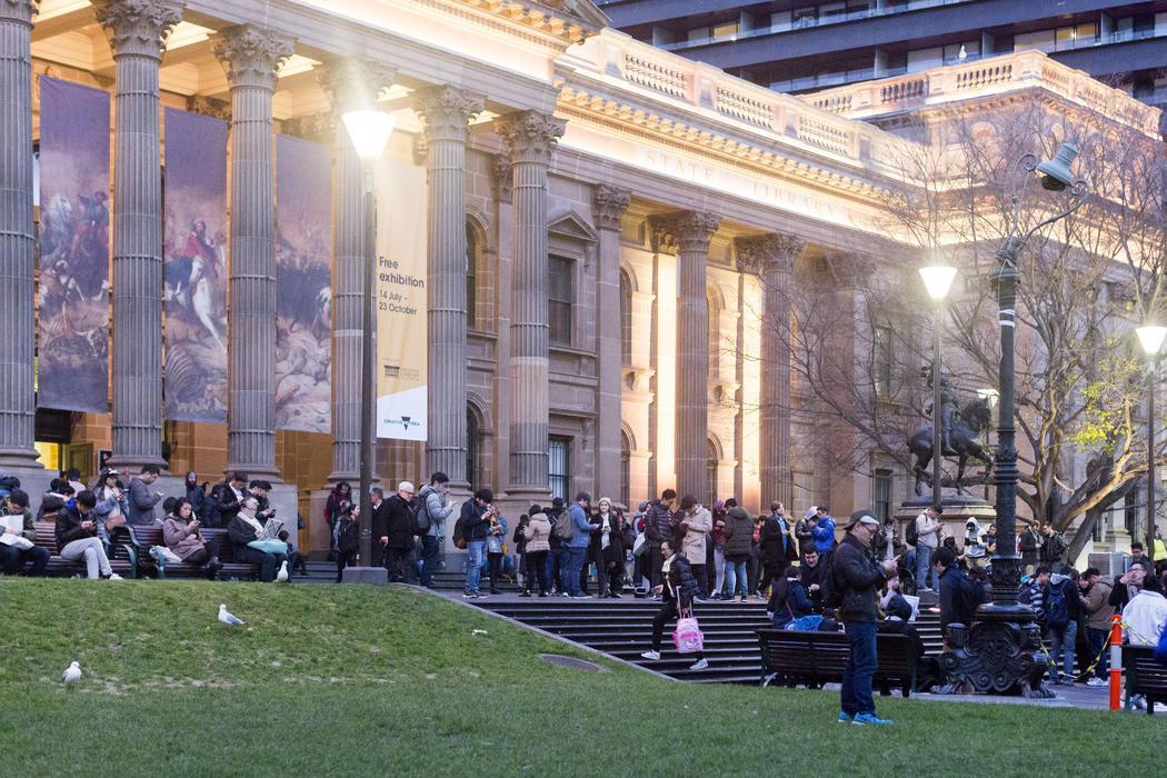 Desafiando al frío con 'Pokémon Go' en Melbourne