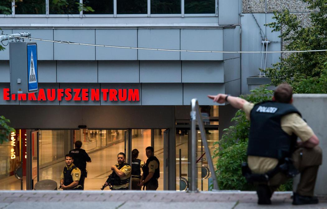 La policía toma el centro comercial de Múnich