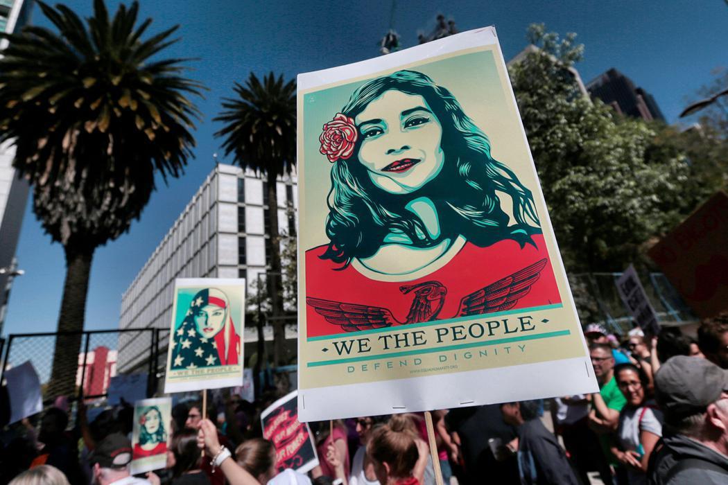 Ciudad de Méxicoluce carteles contra Trump en la Women's March
