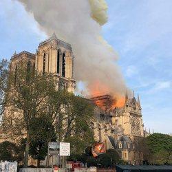 El trágico incendio de Notre Dame, en imágenes