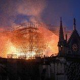 Las llamas no dieron tregua en Notre Dame