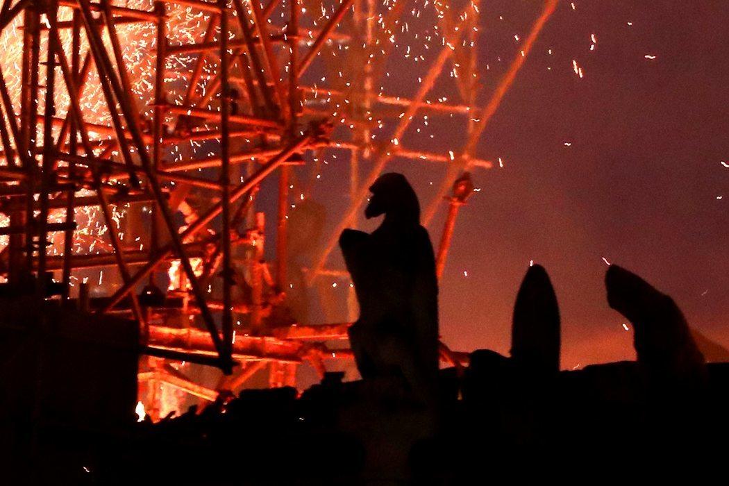 Las famosas gárgolas de Notre Dame, testigo del incendio