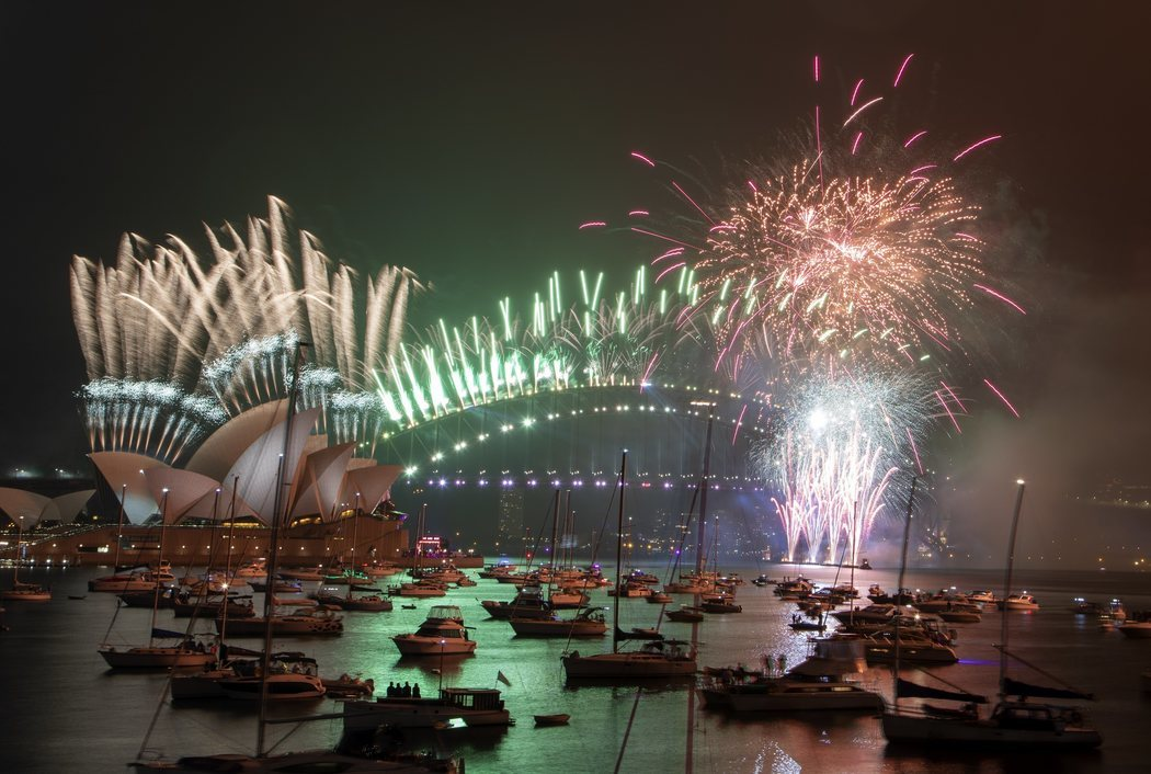 Sídney da la bienvenida a 2021 con una fiesta descafeinada