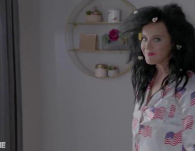 Katy Perry pide desnuda el voto de los estadounidenses