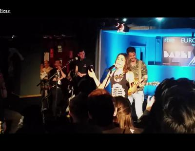Barei canta 'Campanera' en la Europarty de Madrid