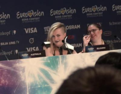 Poli Genova (Bulgaria) explica dónde y por qué se ha tatuado el logotipo de Eurovisión 2016